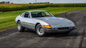 1972-Ferrari-365-GTB-4-Daytona-3