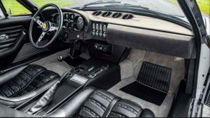1972-Ferrari-365-GTB-4-Daytona-interior2